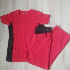 WonderWink 4 Way Stretch Scrubs (top S bot Lg)
